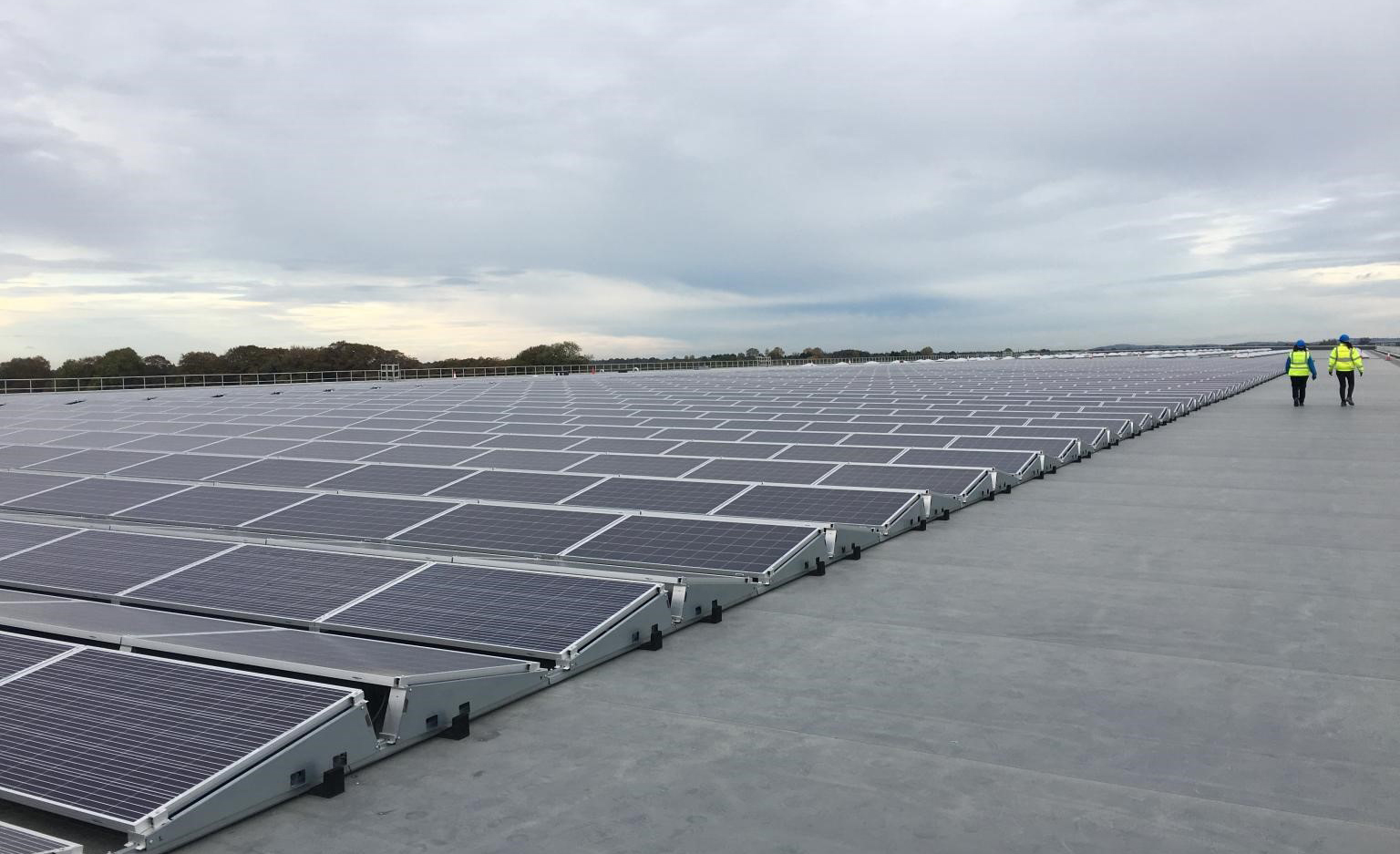 4000 panel PV array located on the roof of LIDL RDC Newbridge